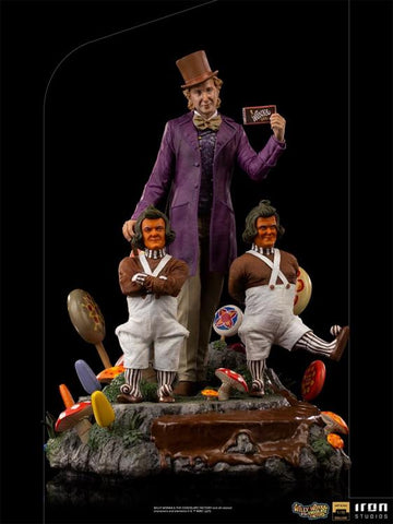 PRE-ORDER: Iron Studios Willy Wonka and the Chocolate Factory Willy Wonka 1/10 Deluxe Art Scale Limited Edition Statue