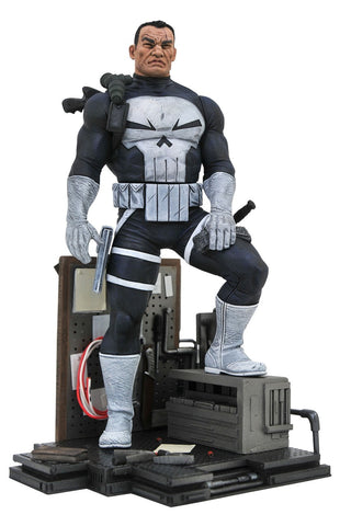 PRE-ORDER: Diamond Select Marvel Gallery Punisher Comic Statue