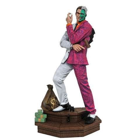 Diamond Select DC Comic Gallery Two-Face Statue
