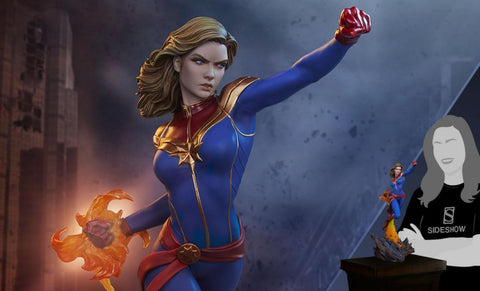 PRE-ORDER: Sideshow Collectibles Captain Marvel Statue