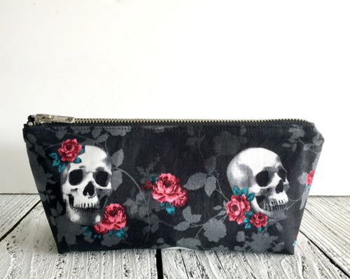Skulls and Roses Essential Oil Bag