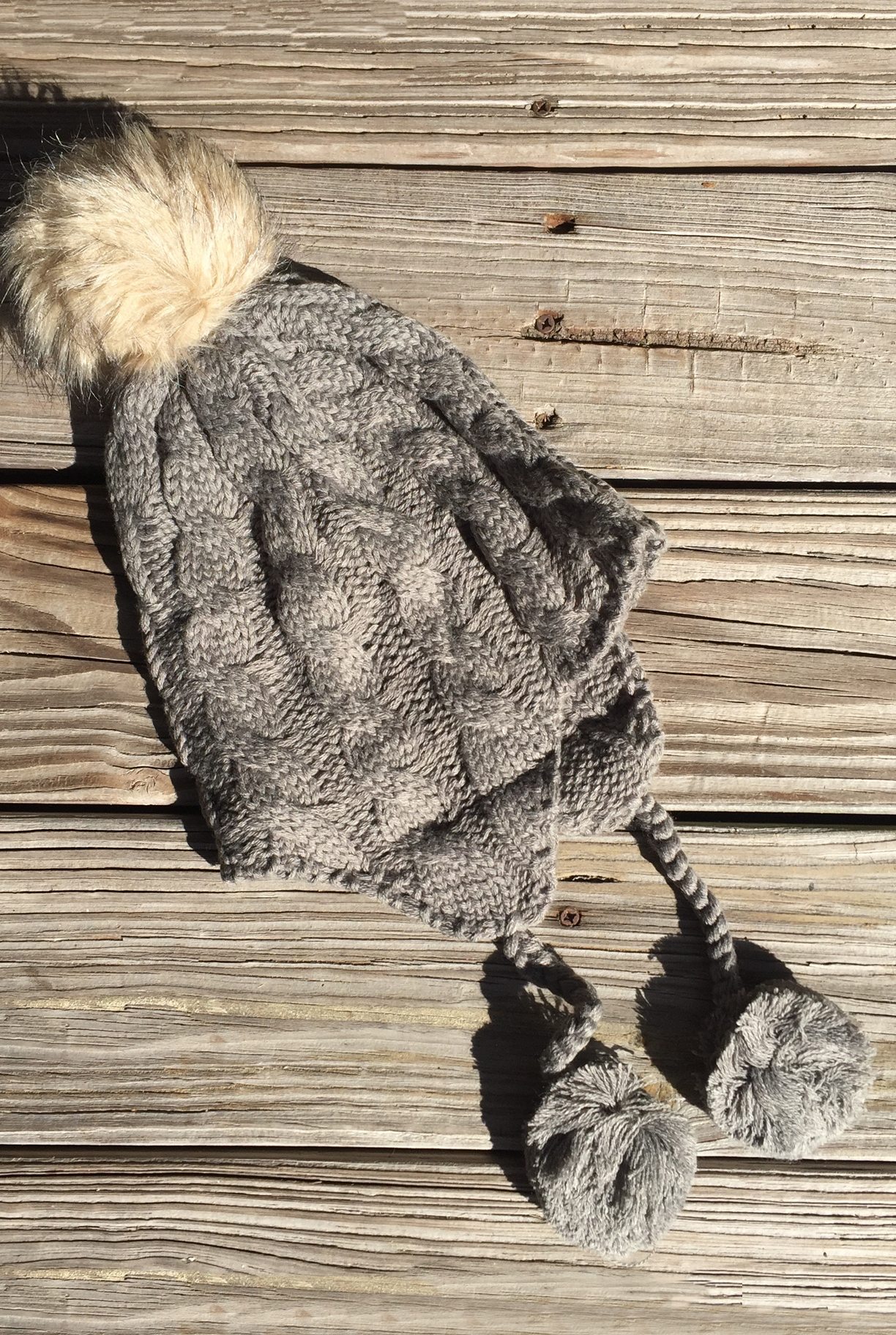 'Arapahoe Basin' Knit Beanie - Grey