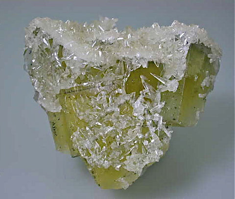 Calcite on Fluorite, Bethel Level Annabel Lee Mine, Ozark-Mahoning Company, Harris Creek District, Southern Illinois, Mined c. 1986-1988, Tolonen Collection, Medium Cabinet 6.5 x 12.0 x 12.5 cm, $2500.  Online 1/13.