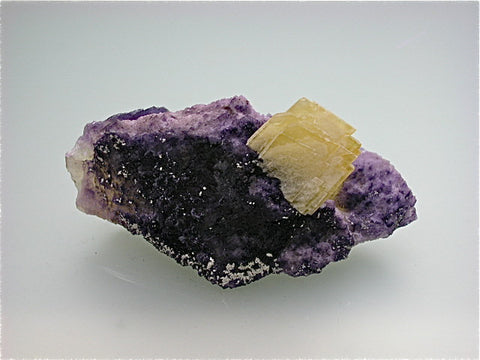 Barite on Fluorite Breccia Chip, Rosiclare Level, Main Orebody Denton Mine, Ozark-Mahoning Company, Harris Creek District, Southern Illinois, Mined June 1982, W. Severance Collection #85.07, Small Cabinet  4.5 x 5.0 x 10.7 cm, $250.  Online 9/2. SOLD