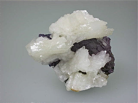 Barite on Fluorite, Sub-Rosiclare Level Annabel Lee Mine, Ozark-Mahoning Company, Harris Creek District, Southern Illinois, Mined ca. 1988, Noll Collection #1865, Miniature 3.5 x 5.5 x 7.0 cm, $350. Online 03/07 SOLD