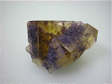 Fluorite, Rosiclare Level Denton Mine, Ozark-Mahoning Company, Harris Creek District, Southern Illinois, Mined ca. early 1980's, Koster Collection #00664, Miniature 4.5 x 5.5 x 7.5 cm, $125. Online 03/07. SOLD.