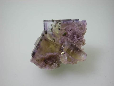 Fluorite with Chalcopyrite, Rosiclare Level North-End Denton Mine, Ozark-Mahoning Company, Harris Creek District, Southern Illinois, Mined ca. 1983, Koster Collection #00154, Miniature 3.5 x 3.5 x 4.5 cm, $60. Online 03/04. SOLD.