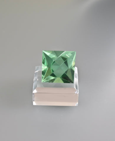 Fluorite, William Wise Mine, Westmoreland, Cheshire County, New Hampshire, Miniature, 2.6 cm on edge, $250. Online 10/9