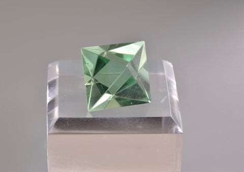 Fluorite, William Wise Mine, Westmoreland, Cheshire County, New Hampshire, Miniature, 1.9 cm on edge, $90. Online 10/9