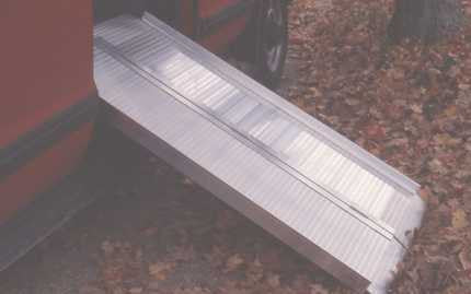 Alumilite Solid Curb Ramp ACR3SN