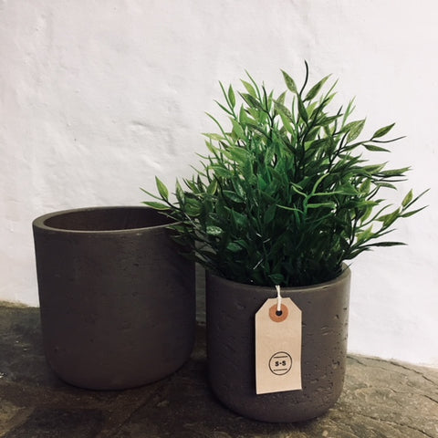 Set of 2 Stratton Plant Pots in Cocoa Cement