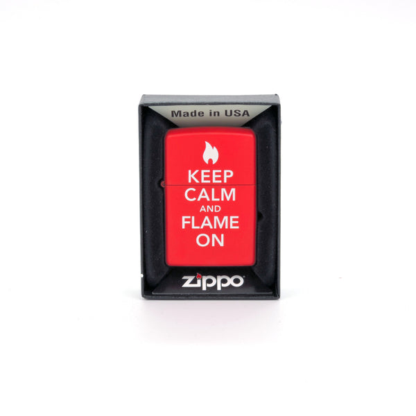 Encendedor Zippo - Keep Calm and Flame On - Color Rojo