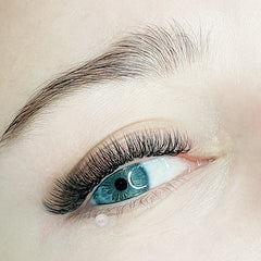 Russian Volume Eyelash Extensions Windsor