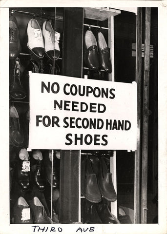 https://www.smithsonianmag.com/history/shoe-rationing-wwii-america-180968428/