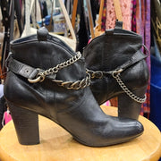 NICOLE Black Heel Booties w. Chain Ankles 9 - PopRock Vintage. The cool quotes t-shirt store.
