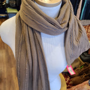 BANANA REPUBLIC Brown Think Wool Scarf - PopRock Vintage. The cool quotes t-shirt store.