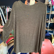 Citi Knit Olive Travelers Top L - PopRock Vintage. The cool quotes t-shirt store.