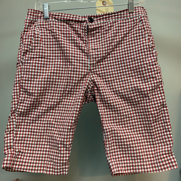 PRICE DROP Men's Fred Perry Shorts 30 - PopRock Vintage. The cool quotes t-shirt store.