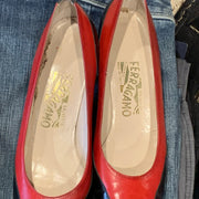 PRICE DROP! FERRAGAMO Red & Black Wing Tip Pumps 8 - PopRock Vintage. The cool quotes t-shirt store.