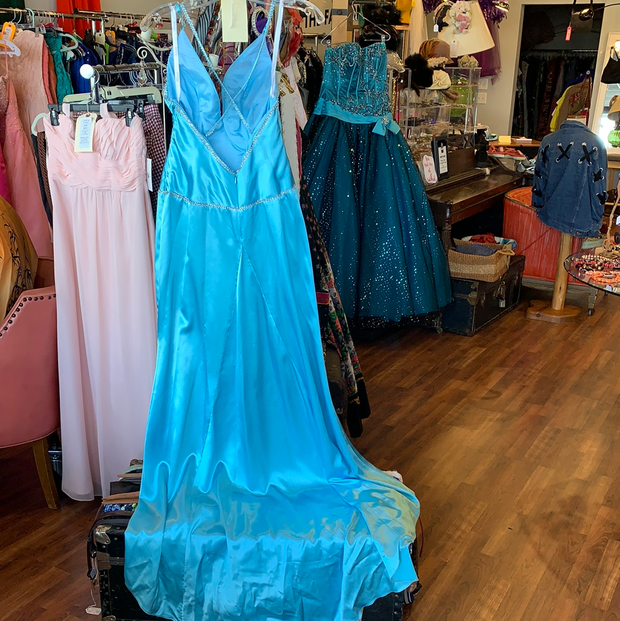 B'Dazzle light Blue Satin Prom Dress 4 - PopRock Vintage. The cool quotes t-shirt store.
