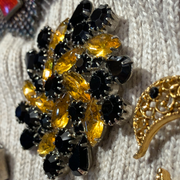 CLEARANCE! Vintage 1980s Black & Yellow Rhinestone Pin - PopRock Vintage. The cool quotes t-shirt store.