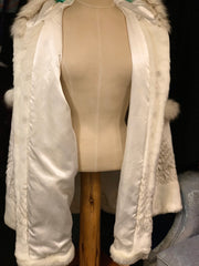 SNOWY WHITE LUXURY FAUX FUR Coat 3X - PopRock Vintage. The cool quotes t-shirt store.
