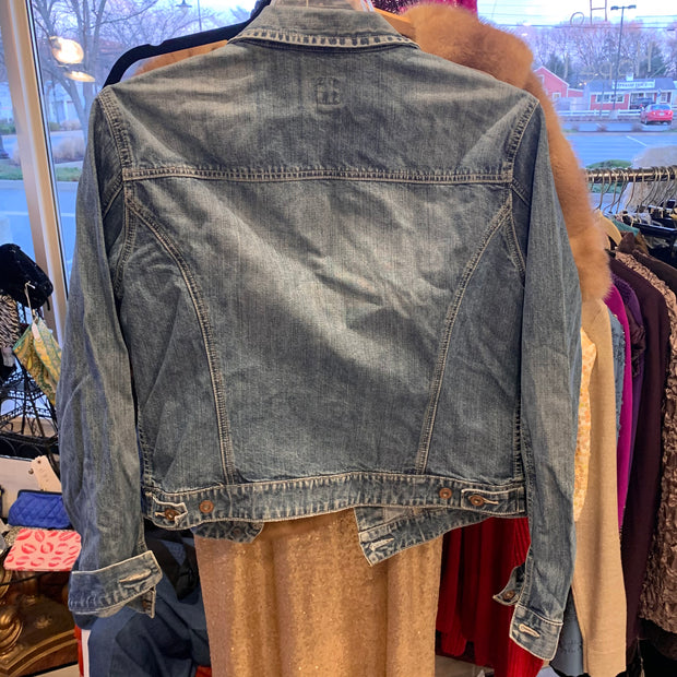 GAP Classic Style Jean Jacket XL - PopRock Vintage. The cool quotes t-shirt store.