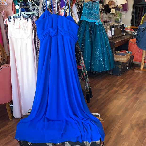 DAVIDS Royal Blue Flowy Prom Dress 18 - PopRock Vintage. The cool quotes t-shirt store.