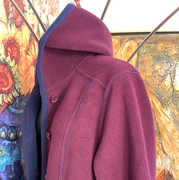 SUSAN GRAVER Weekender Burgundy Fleece Jacket S - PopRock Vintage. The cool quotes t-shirt store.