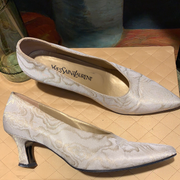 CLEARANCE! YSL Yves Saint Laurent Baroque Heels 7.5 8 - PopRock Vintage. The cool quotes t-shirt store.