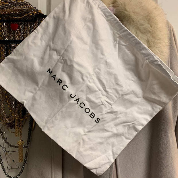"MARC JACOBS ""Gotham Nomad"" Bag - PopRock Vintage. The cool quotes t-shirt store."
