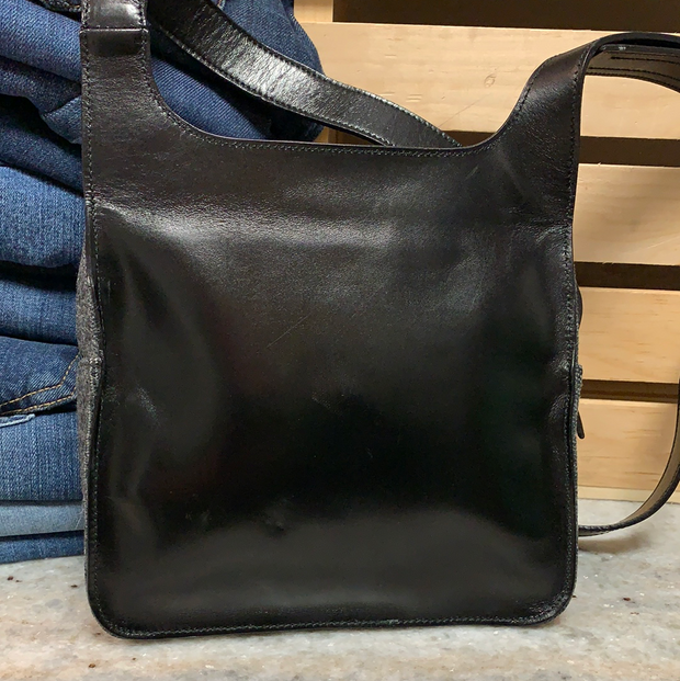 LAT CALL! *RARE* PRADA AW 1999 Feltro Sport Bag - PopRock Vintage. The cool quotes t-shirt store.