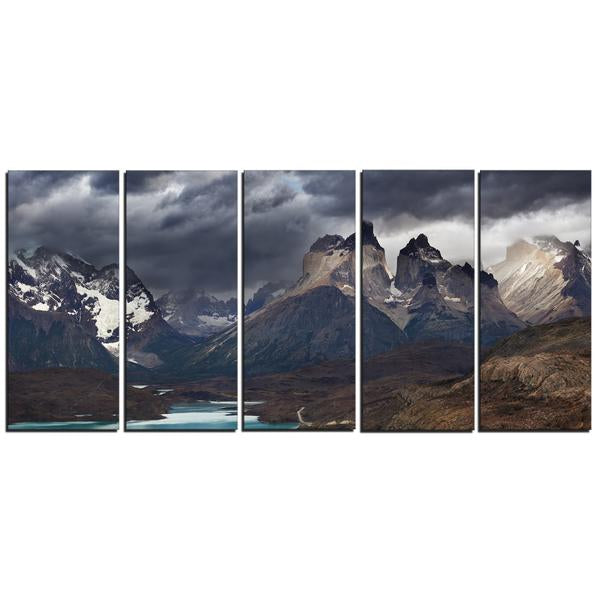 Cuernos Del Paine Mountains Canvas Wall Art Print