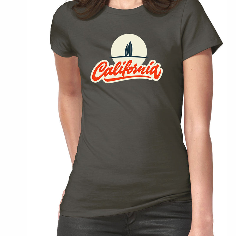 California Beach - T-Shirt