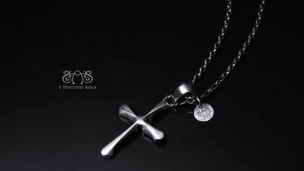 Cross Pendant | Standard Collection