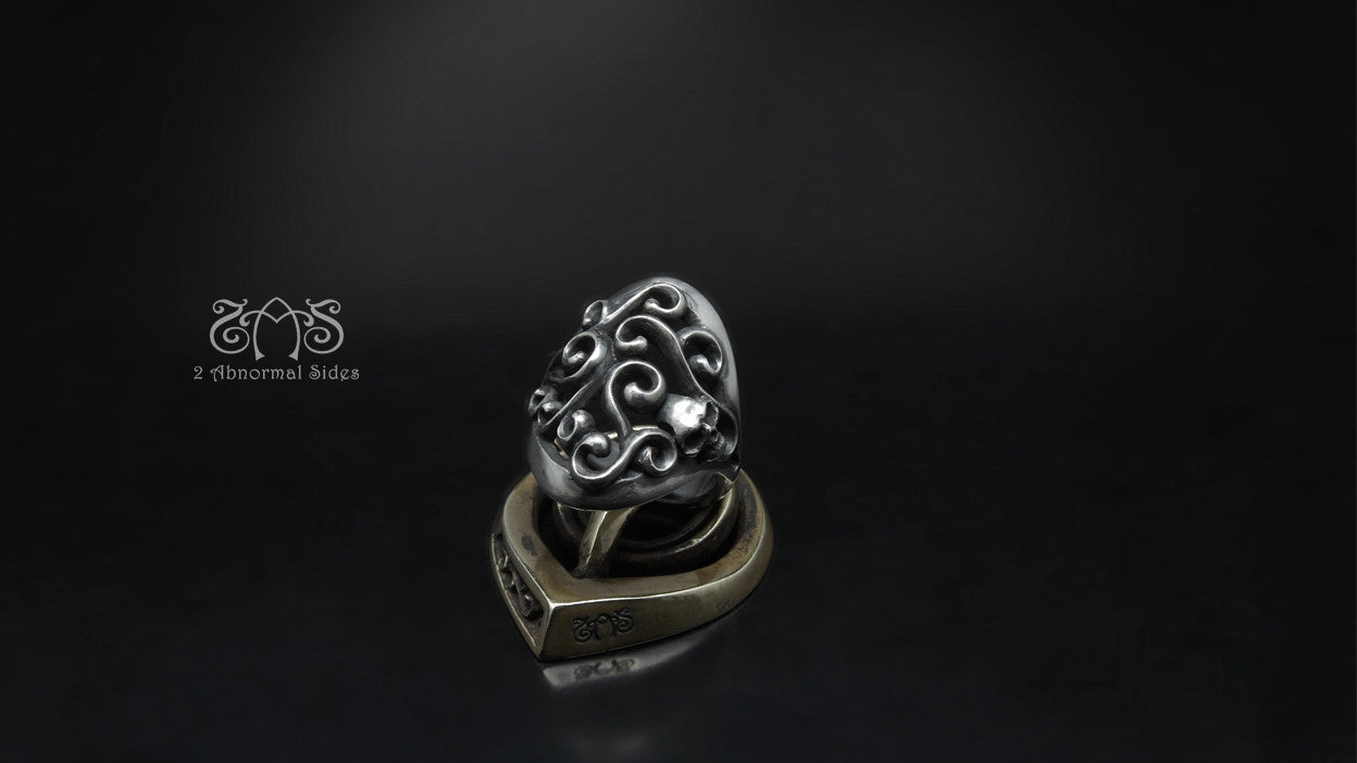 Vine of Skull Ring | Standard Collection