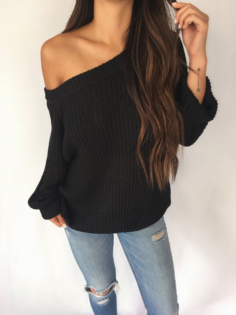 SAWYER OFF-SHOULDER SWEATER (Black)