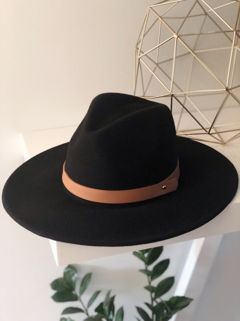 MADDOX WIDE BRIM HAT (Black)