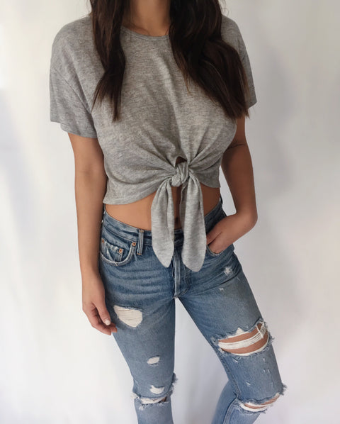 KNOTTY CROPPED TEE
