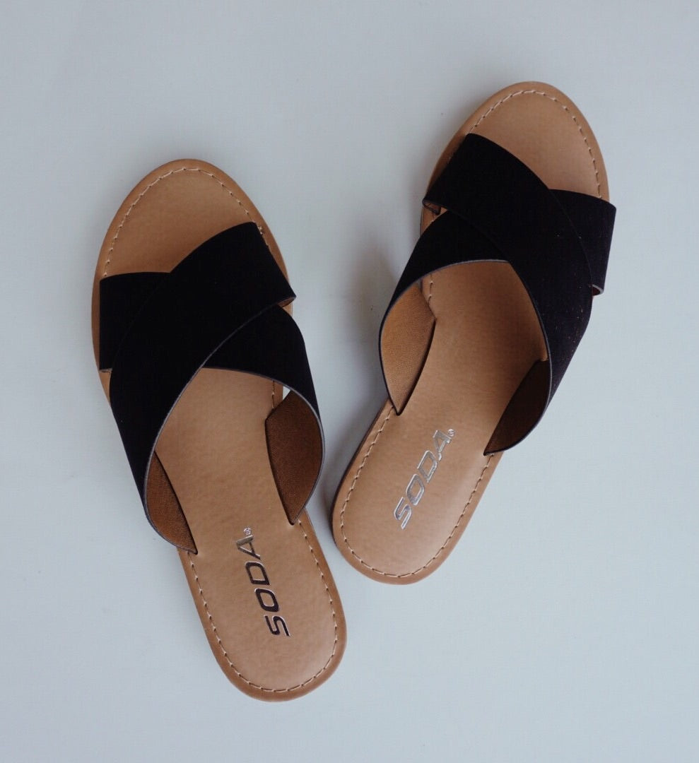 LOLO SUEDE SANDALS