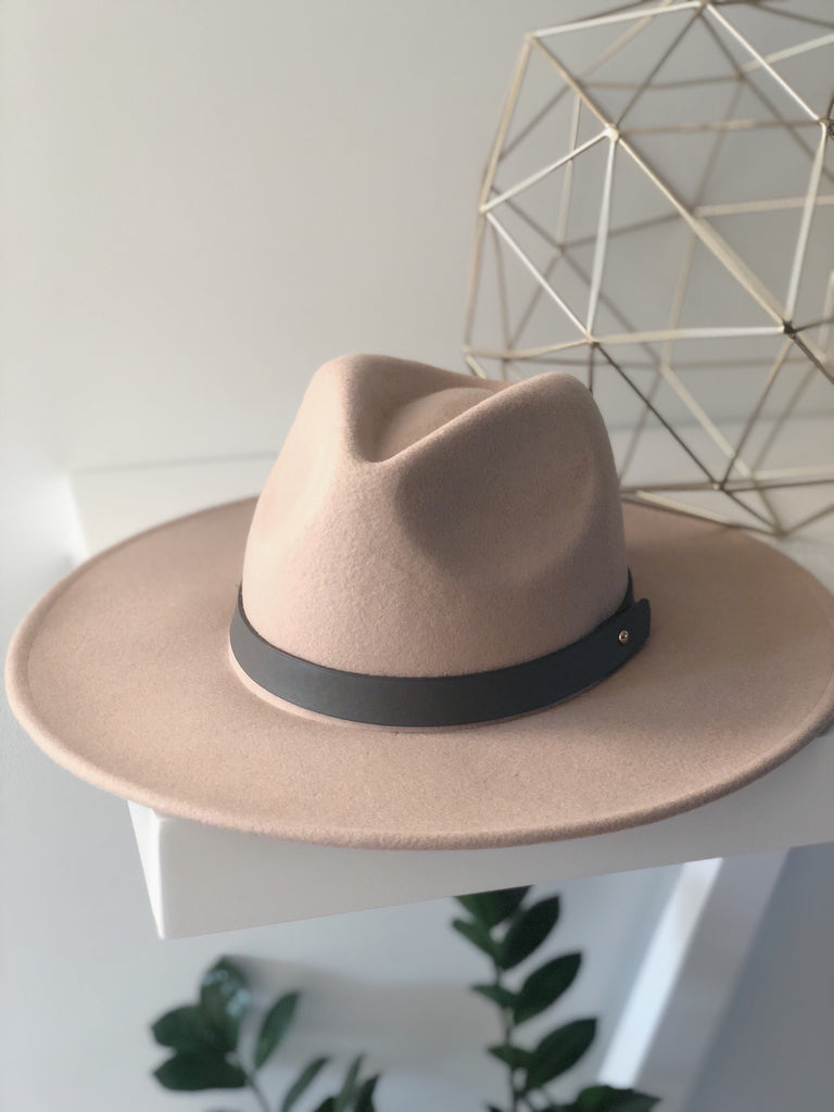 MADDOX WIDE BRIM HAT (Tan)