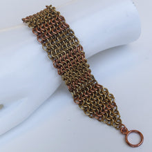 Load image into Gallery viewer, Chain Maille Bracelet in Slinky European 4-in-1 Weave, with Toggle Clasp