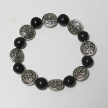 Load image into Gallery viewer, Stretchy Bracelet with Black Onyx Gemstone & Pewter Beads