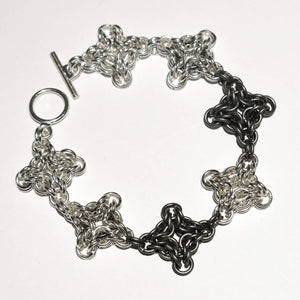 Chain Maille Bracelet in Byzantine Diamond Weave