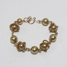 Load image into Gallery viewer, Orbit Bracelet with Glass Pearls