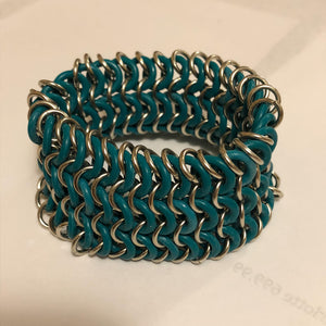 Chain Maille Bracelet in European 4-in-1 with Metal and Rubber Rings