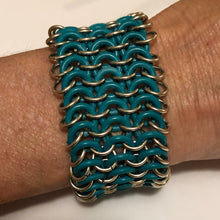 Load image into Gallery viewer, Chain Maille Bracelet in European 4-in-1 with Metal and Rubber Rings