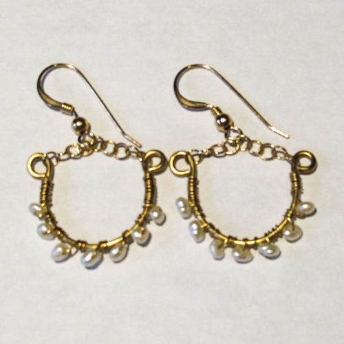 Mini Hoop Earrings with Tiny Pearls