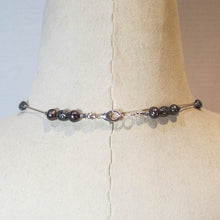 Load image into Gallery viewer, Floating Design Freshwater Pearl & Textured Metal Beads Necklace