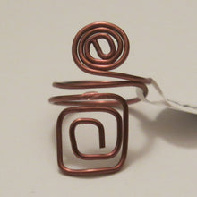 Load image into Gallery viewer, Spiral/Square Adjustable Wire Ring